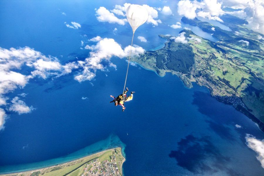 Lake Taupo - Guide for Backpackers