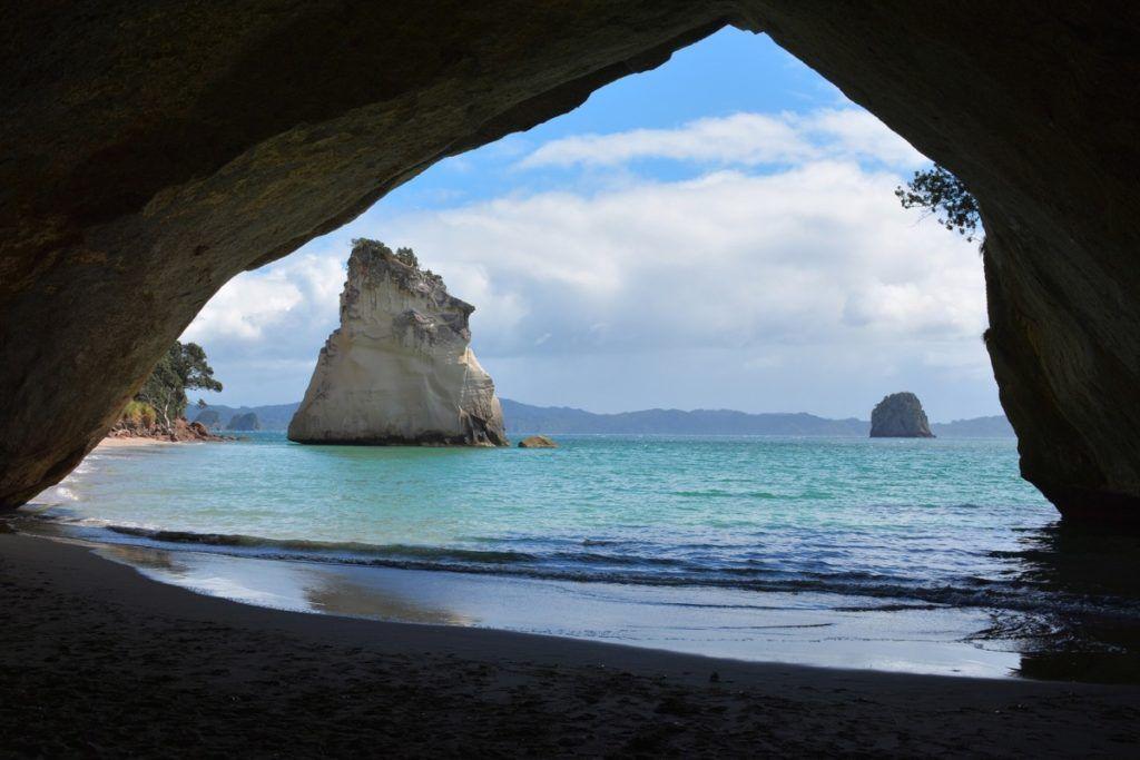 22 Stunning Beaches in New Zealand