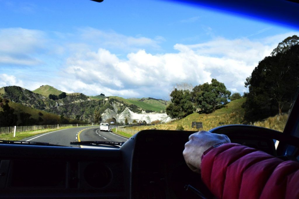 12 Safe Driving Tips for New Zealand