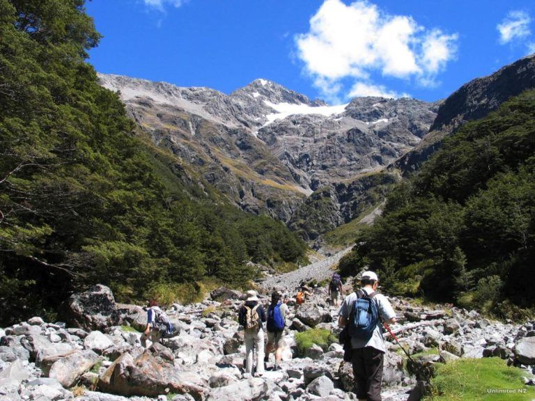 Arthur's Pass National Park - Guide for Backpackers