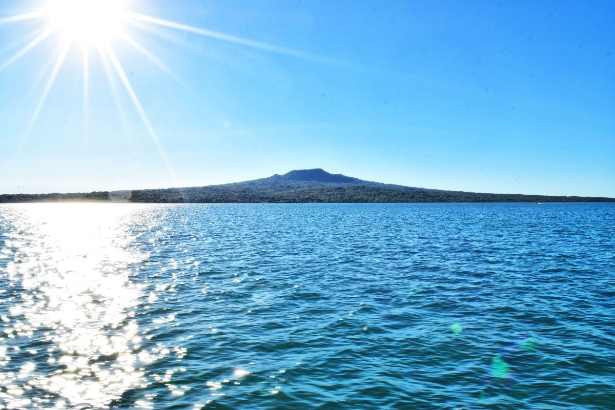 The Guide to Rangitoto Island and Motutapu Island