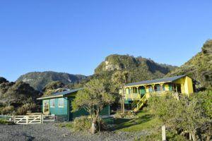 8 Best Backpacker Hostels in Greymouth