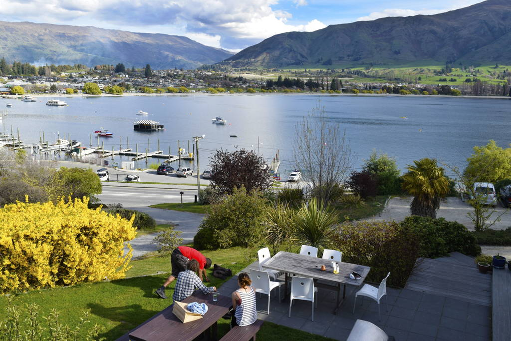 10 Best Budget Accommodation in Wanaka