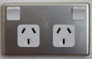 5 Best Travel Adapters for New Zealand