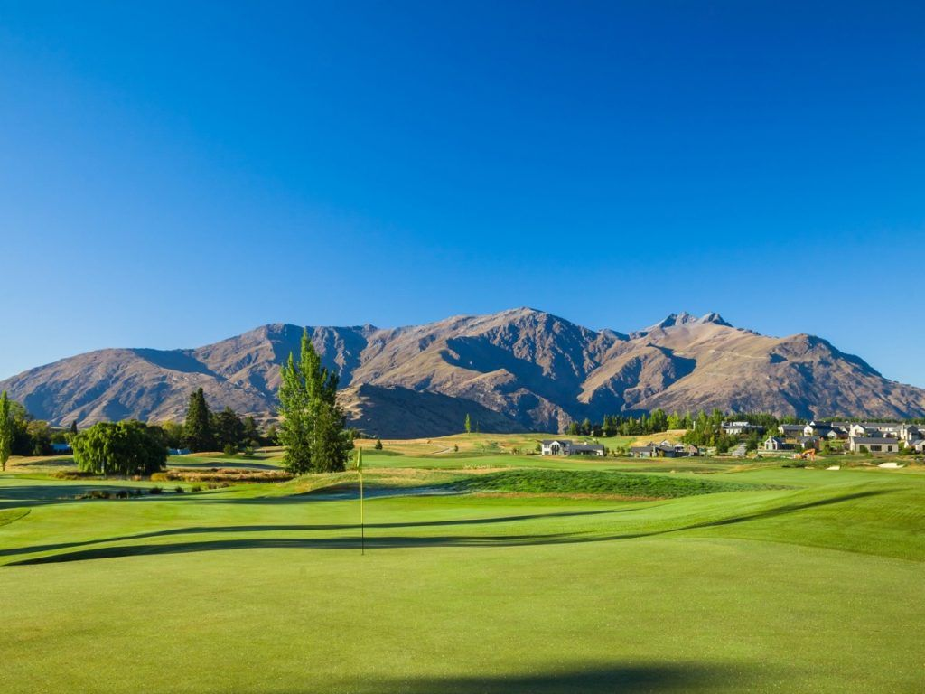 Top 5 Golf Courses in Queenstown