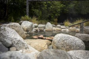 10 Damn Relaxing Hot Pools in New Zealand