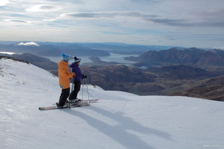 The Ultimate Guide to the Queenstown Ski Season