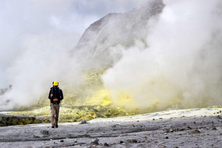 White Island Active Volcano Tour! - Day 284