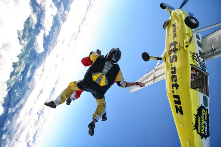 Skydiving in Lake Taupo - Day 300