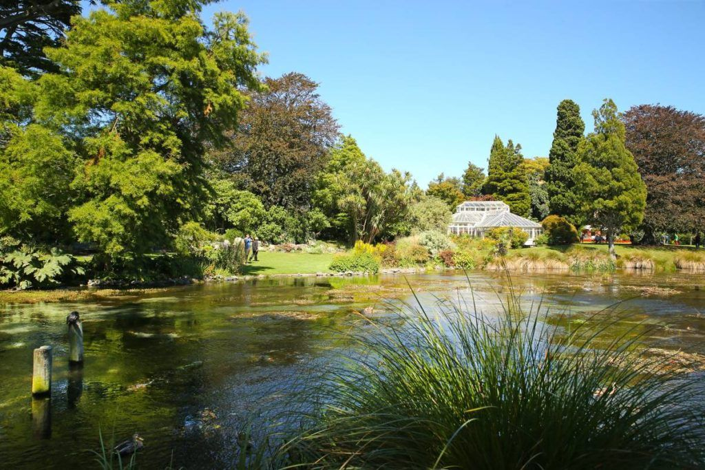 10 Beautiful Gardens & Parks in Christchurch