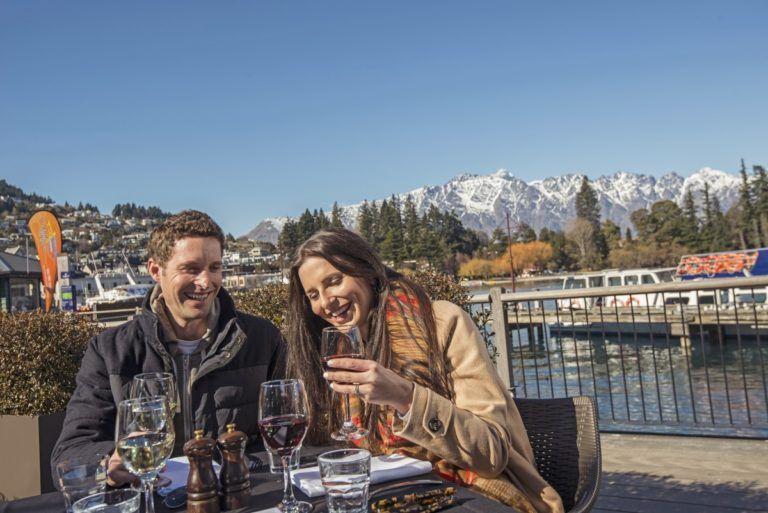10 Romantic Activities in Queenstown for Couples