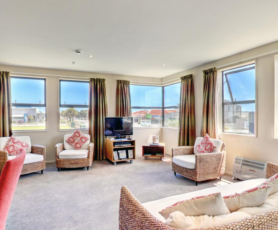 Coleraine Suites & Apartments