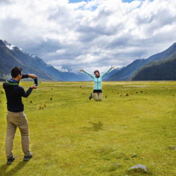 15 Stops You Can't Miss on the Road to Milford Sound