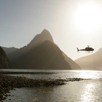 5 Best Scenic Flights to Milford Sound from Queenstown