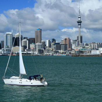5 Stunning Places to Go Sailing in New Zealand