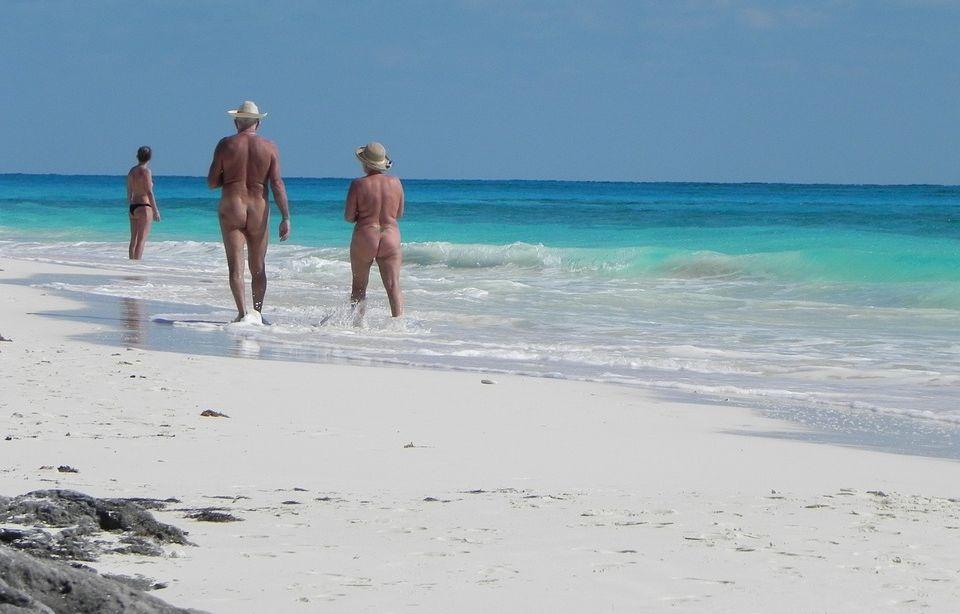 nude girl in auckland new zeland