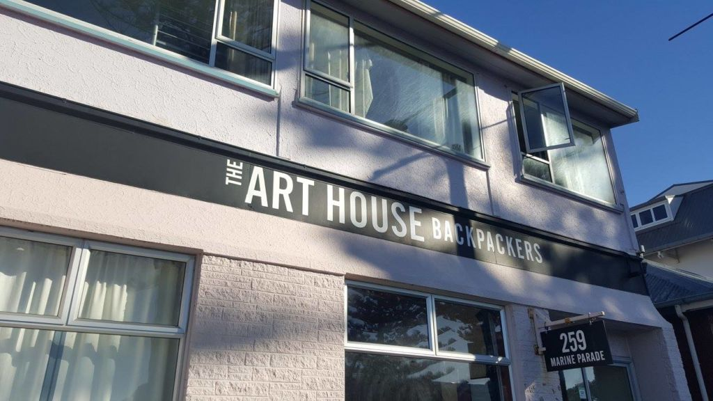Art House Backpackers