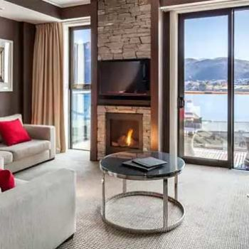 10 Best Accommodation in Queenstown for Foodies