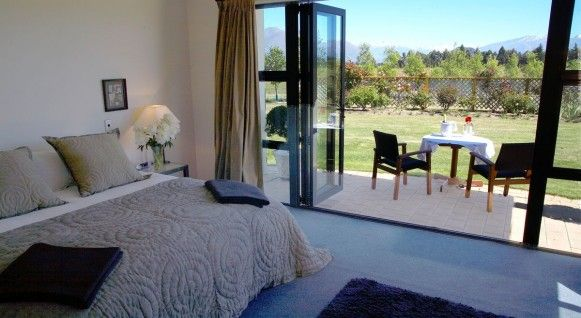 7 Best Romantic Accommodation in Wanaka