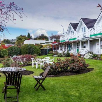 10 Best Romantic Accommodation in Taupo