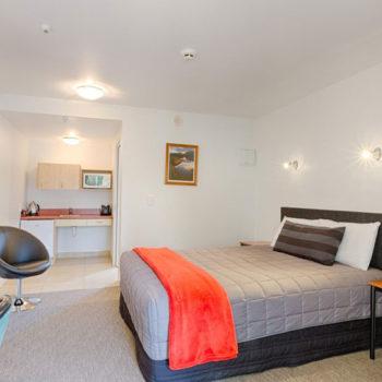 10 Best Budget Accommodation in Te Anau