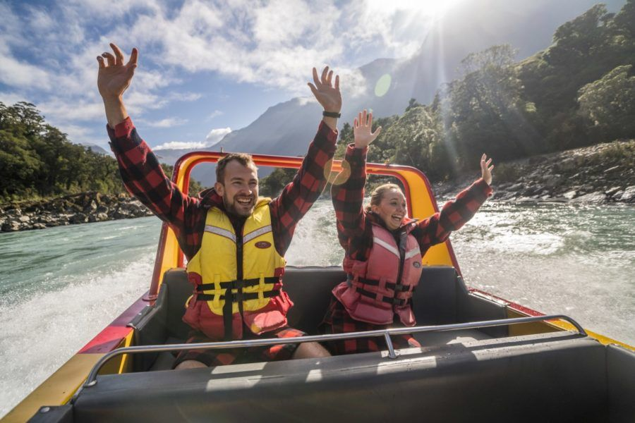6 Romantic Activities in Haast for Couples