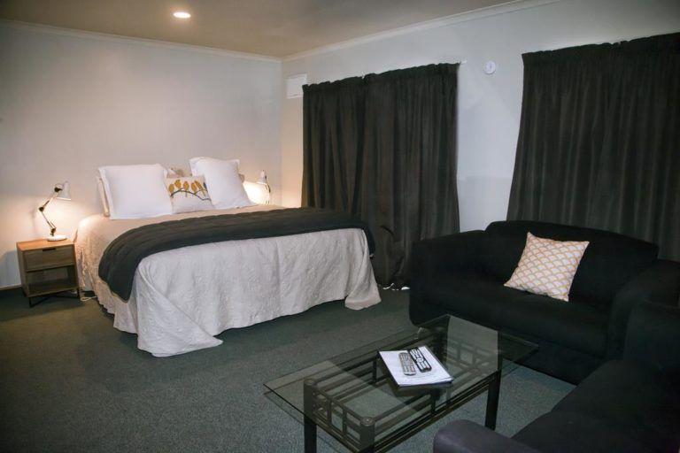 7 Best Motels in Haast