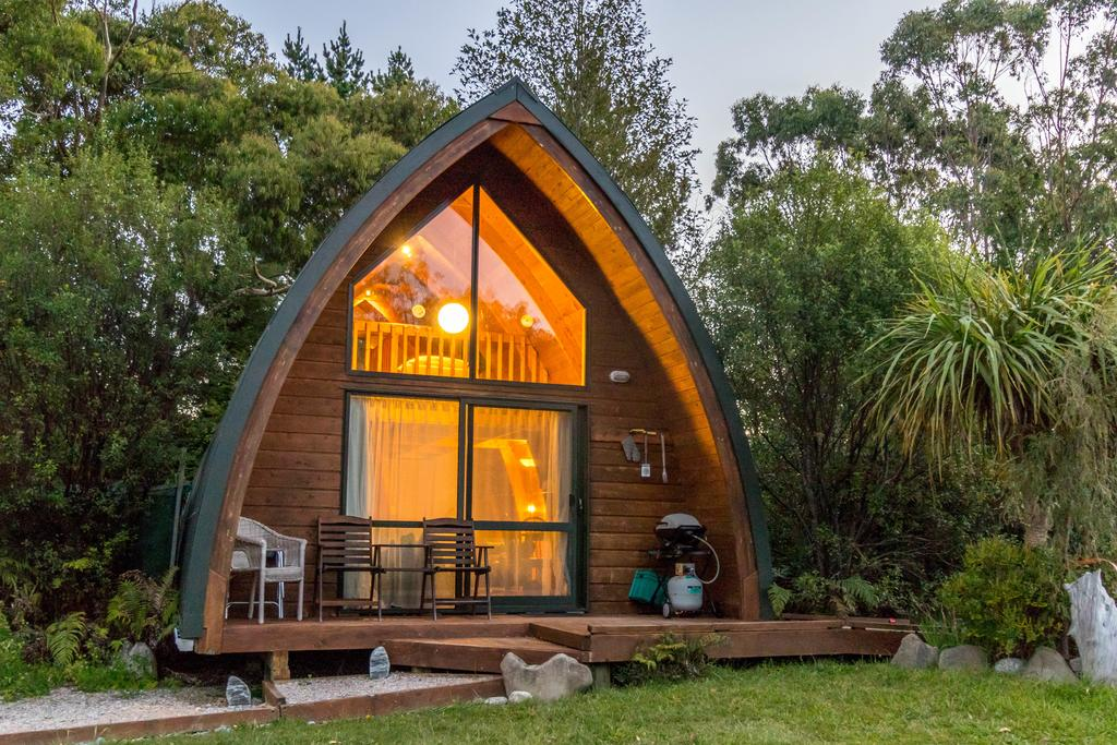 10 Best Accommodation in Takaka for Foodies