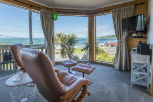 7 Best Romantic Accommodation in The Catlins